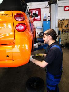 Bilder aus unserer Smart Werkstatt - Bremsen und Räderwechsel
